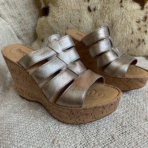 Born wedge sandals, silver/platinum